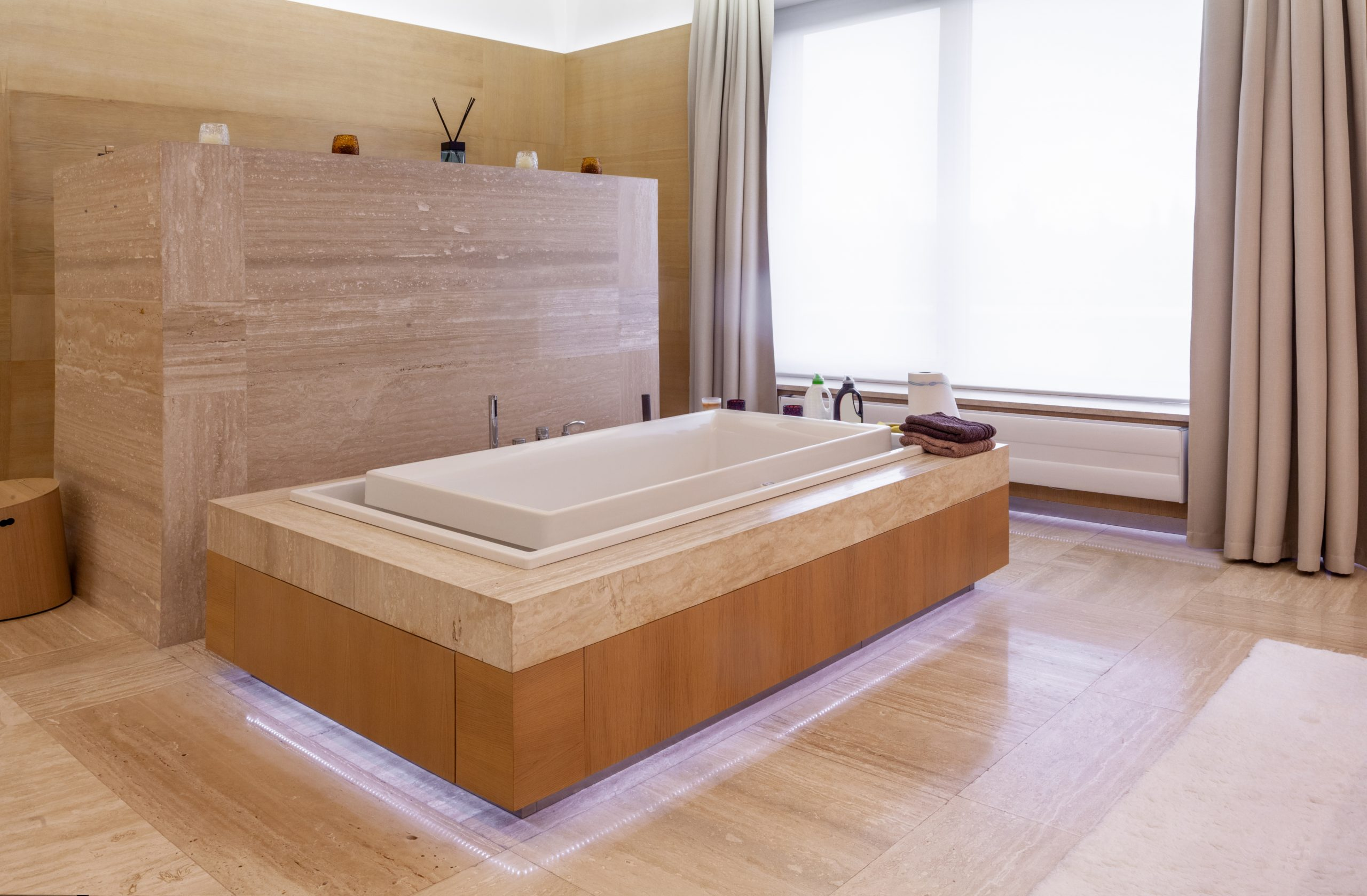 What Bathtub Material is Easiest to Clean